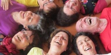 deux-seances-de-yoga-du-rire-pour-garder-ou-retrouver-le-moral